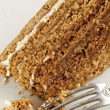 Image of <em>McCann's</em><sup>®</sup> Irish Oatmeal Breakfast Cake